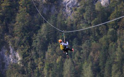 Dijaki preizkusili ZIP-line v Črni