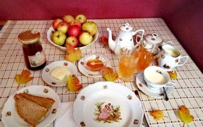 Tradicionalni slovenski zajtrk v sliki